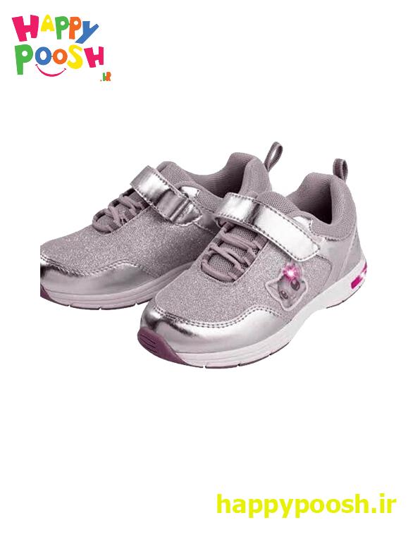 shoe-girl-1